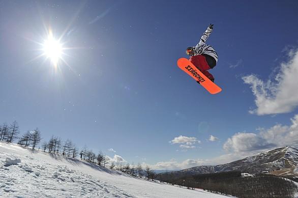 http://www.tenki.jp/season/ski/3/23/15148/information.html