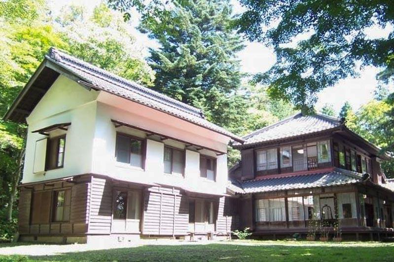 http://www.i-turn.jp/karuizawa-amemiya-kinenkan.html
